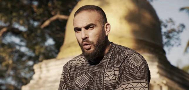 A komáromi rapper, aki dalt írt a himnusztörvényről és a felvidéki magyarok.