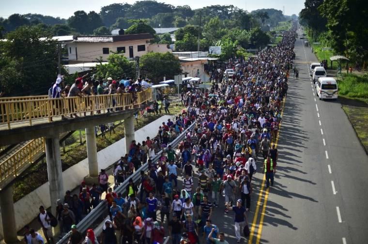 Nagy balhé lesz – Már több mint hétezer fősre duzzadt az USA felé tartó migránskaraván