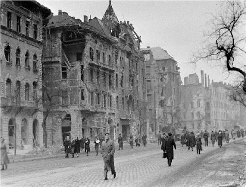 1956-Nagykorut-Corvin-koz-Prater-utca