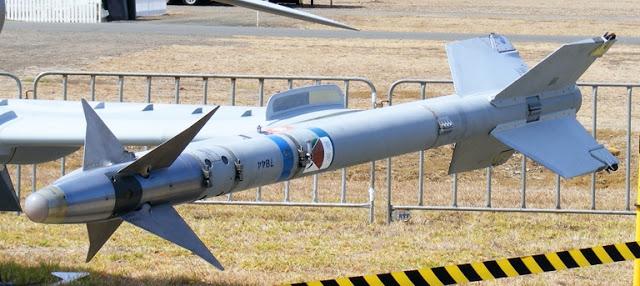 AIM-9M-Hawk-RAAF-Avalon-CKopp-2009-1S.jp